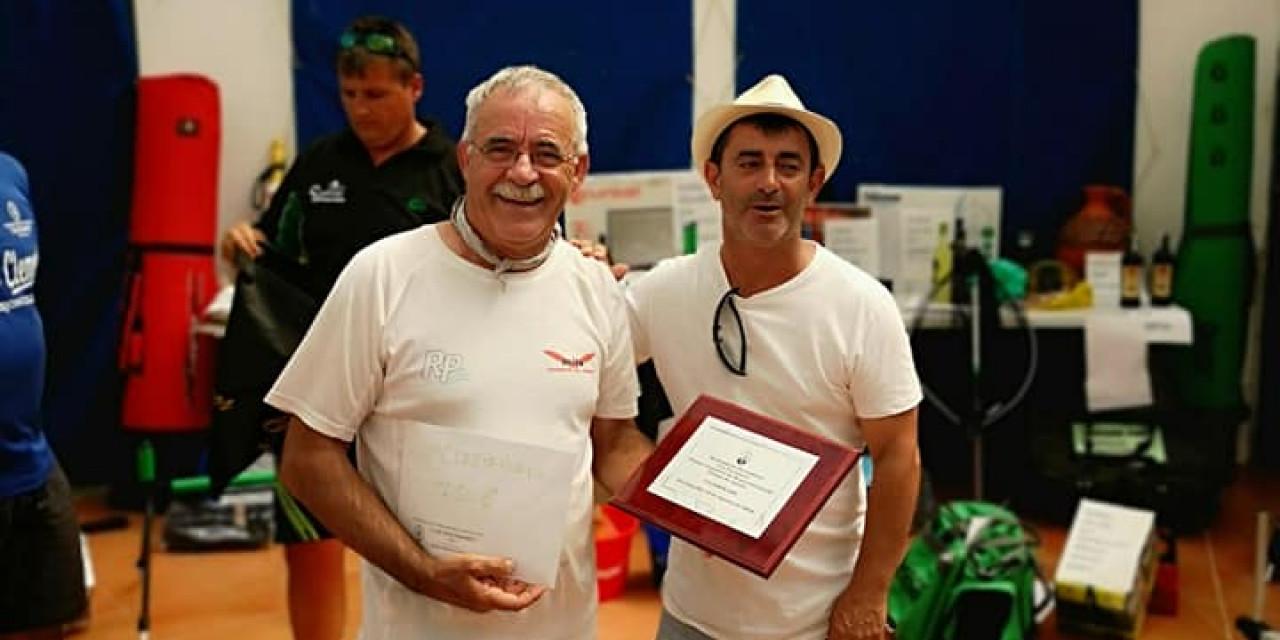 Juan Alfonso González de la Sociedad de Pesca Emérita de Mérida  ganador del primer concurso intersocial de la Sociedad de Pescadores Los Encinares