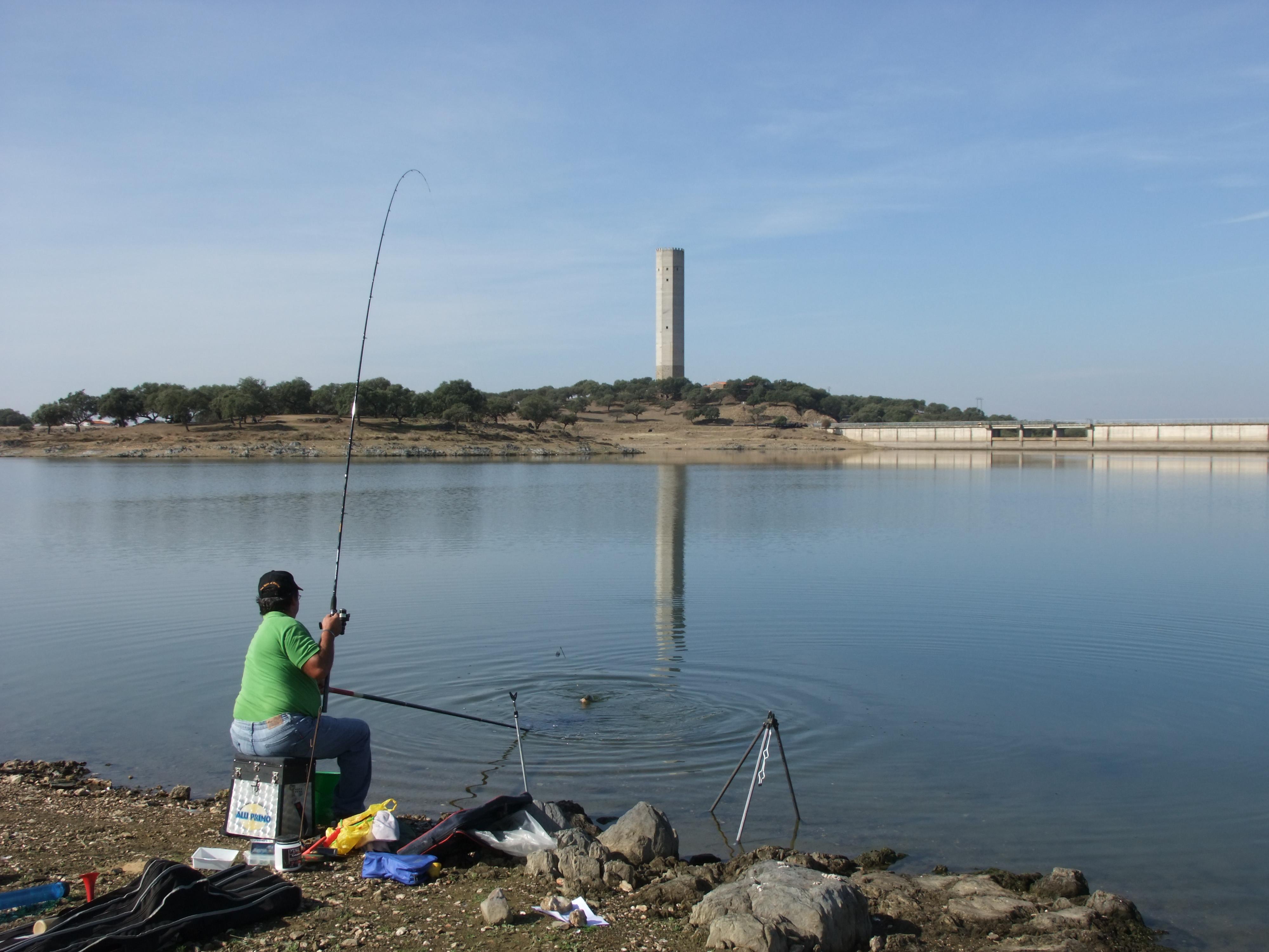 """Primer concurso de pesca 2014, de la Sociedad Deportiva """"Los Encinares"""""""