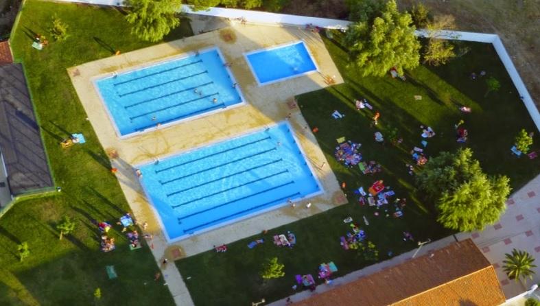 Ya se pueden realizar los pagos de los bonos de las piscinas municipales