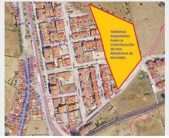 El Ayuntamiento adquiere terrenos con destino a la construcción de una residencia de mayores
