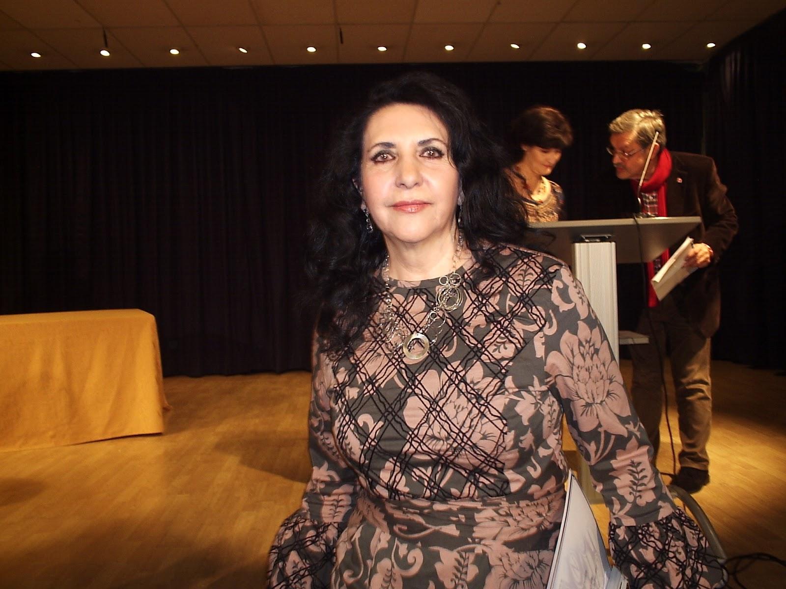 Rosa López Casero se hace con el premio literario 2deLetras