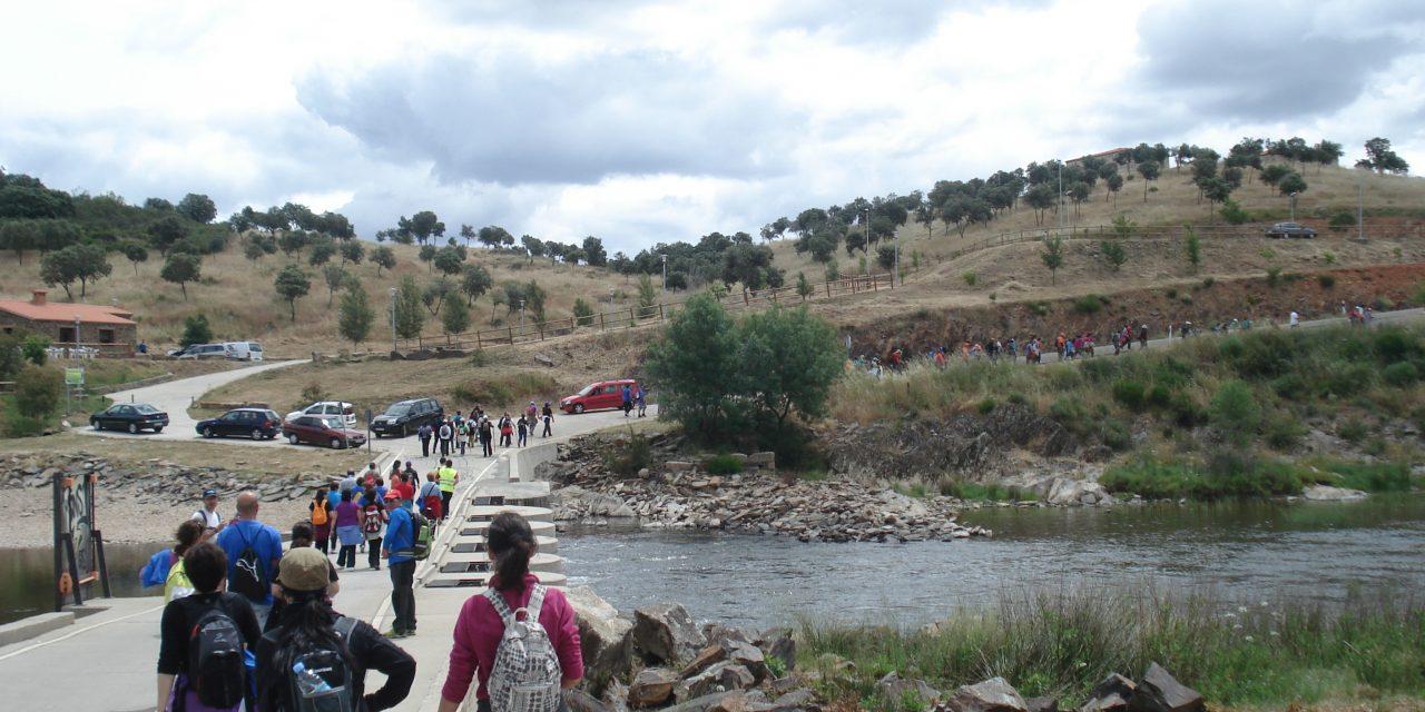 170 senderistas participan en la IV Ruta del Contrabando