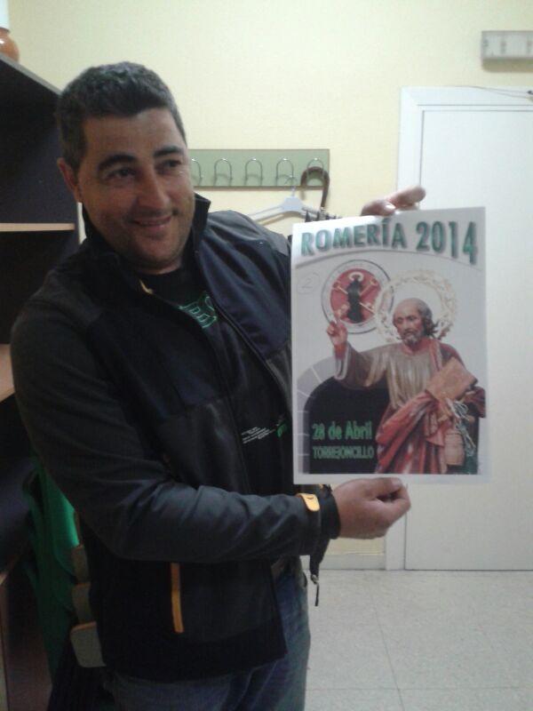 Ángel Luis Hernández,  ganador del concurso de la Portada del libro de San Pedro 2014
