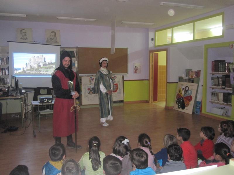 Jachas Teatro colabora con el Colegio Público Batalla de Pavía de Torrejoncillo