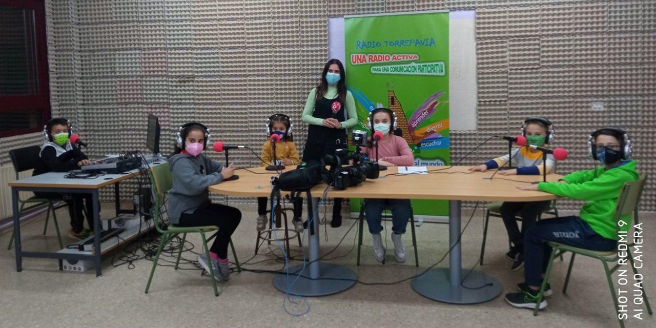 """Radio TORREPAVIA, Gentinosina Social y CEIP Batalla de Pavia en """"A esta hora"""""""