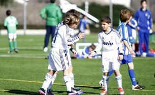 La Peña Madridista «La Encamisá» jugará este fin de semana el torneo anual interpeñas de fútbol base en Valdebebas