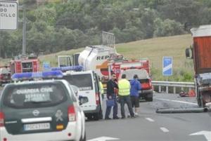 Foto: El Periodico Extremadura. Accidente en la A66 junto a Cañaveral.