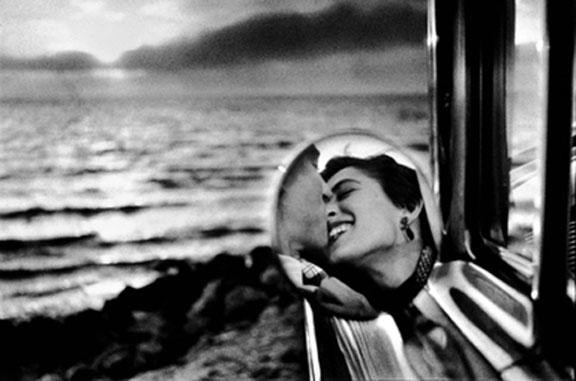 """Detalle de la portada de """"Los enamoramientos"""" de Javier Marías. Foto Internet"""