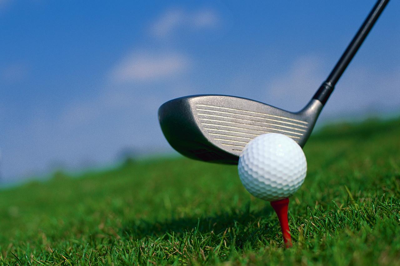 El campo de Golf de Galisteo acoge el domingo un torneo solidario a beneficio del comedor social de Plasencia