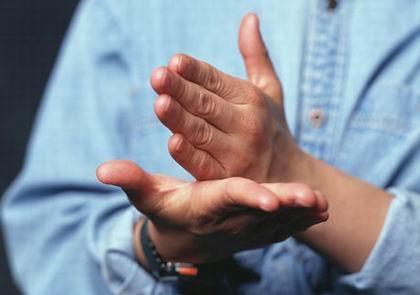 Alumnos de Riolobos realizan un estudio sobre el lenguaje de las personas sordas