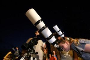 Observación astronómica en el Parque Nacional de Monfragüe - CEDIDA