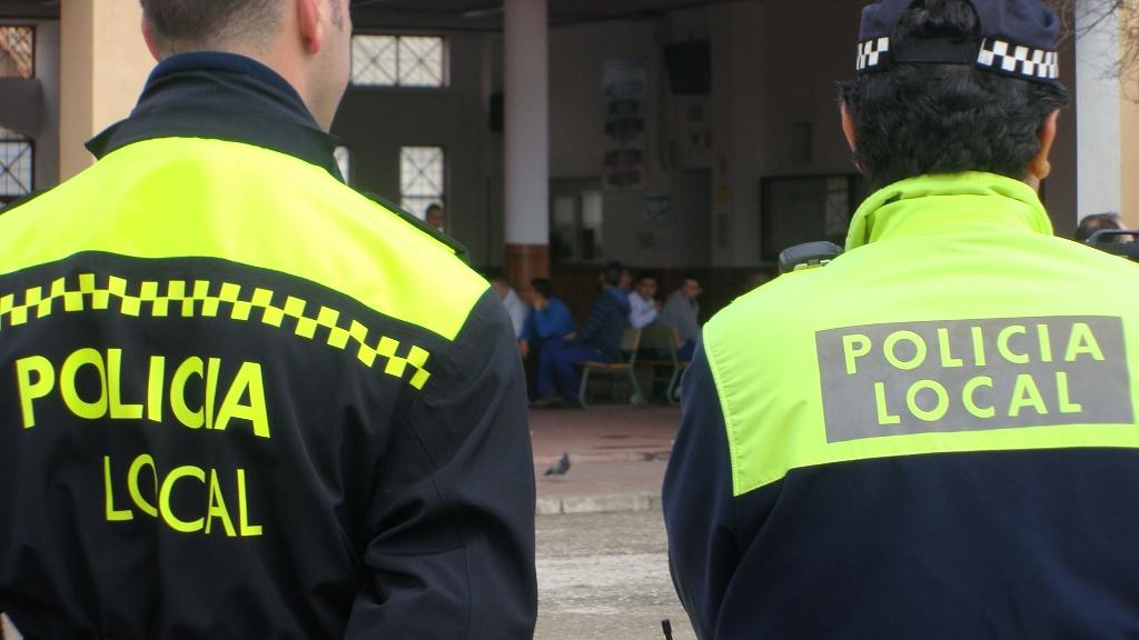La policía de Cañaveral denuncia recortes de sueldo desde hace meses