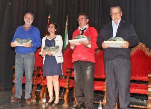 Los premiados durante el acto - KARPINT